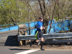 2.2 miles to go (thanks David Schatz for the photo)